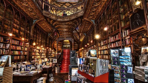 La librería Lello e Irmao, en Oporto, es la recomendación de Rodrigo, librero de Lé (Madrid)