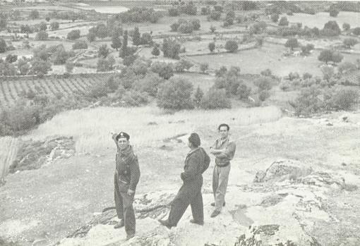 Eugenio Rodríguez Robledano, con compañeros del regimiento