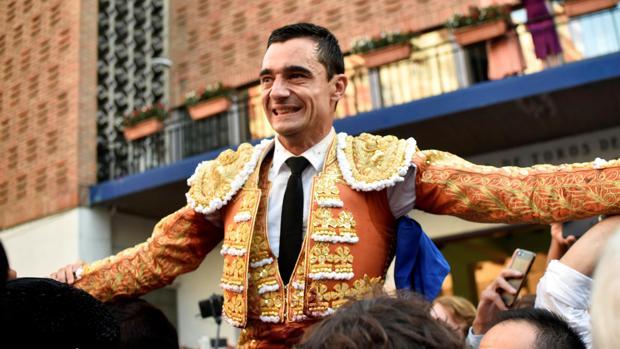 Paco Ureña, por la puerta grande de Vista Alegre
