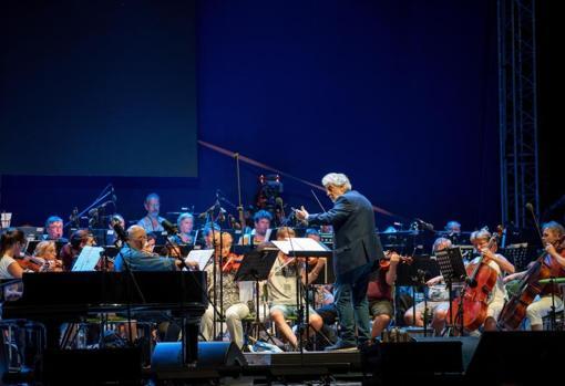 Plácido Domingo, durante el ensayo de su próximo concierto en Hungría