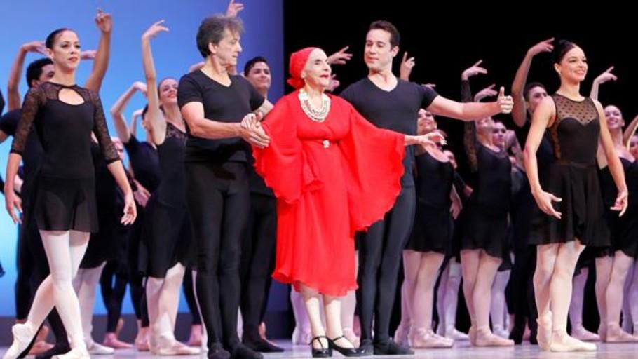 Julio Bocca, Plácido Domingo y Tamara Rojo recuerdan a Alicia Alonso, «un ejemplo para todos»