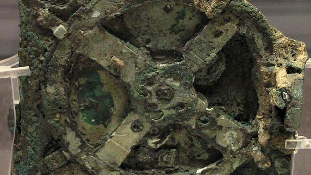 Hallan en el fondo del Mar Egeo nuevos tesoros en el naufragio del célebre mecanismo de Anticitera Rueda-mecanismo-anticitera-kI0H--620x349@abc