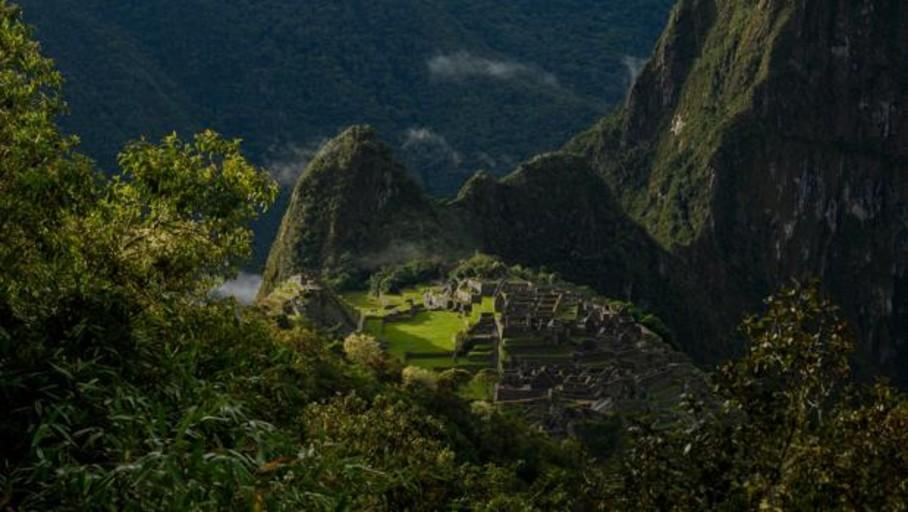 Descubren en los Andes un asentamiento anterior al Machu Picchu
