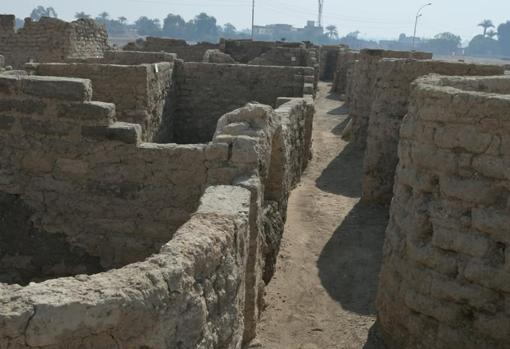 Remains discovered in Luxor