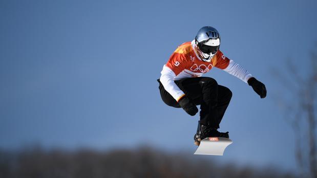 Regino Hernández, durante la final de snowboard cross