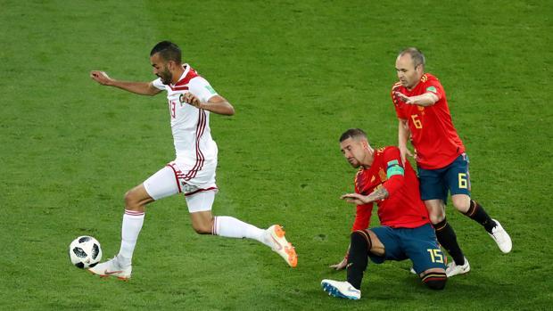 El error entre Ramos e Iniesta ante Marruecos