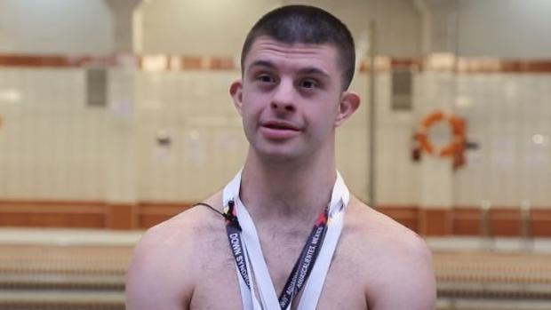 Carlos Hernández, nadador español con Síndrome de Down