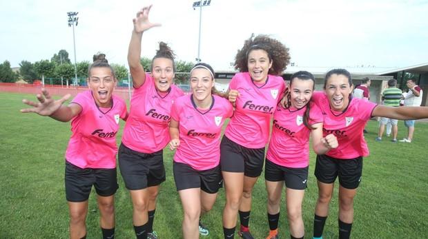 Las jugadoras del EDF Logroño, durante un entrenamiento