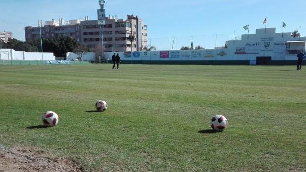 El Pozuelo, el estadio del Juventud Torremolinos, uno de los clubes del Grupo IX de Tercera