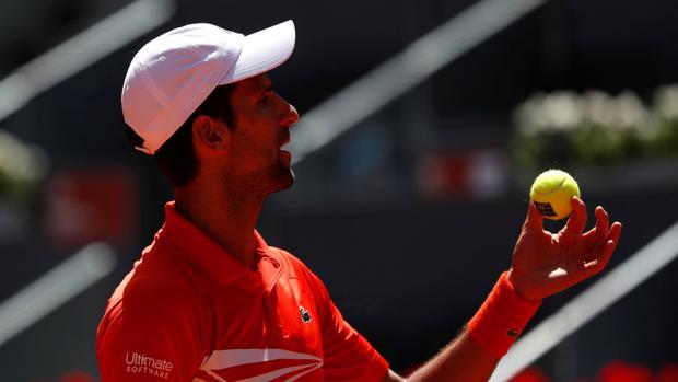 Djokovic, durante su partido ante Chardy