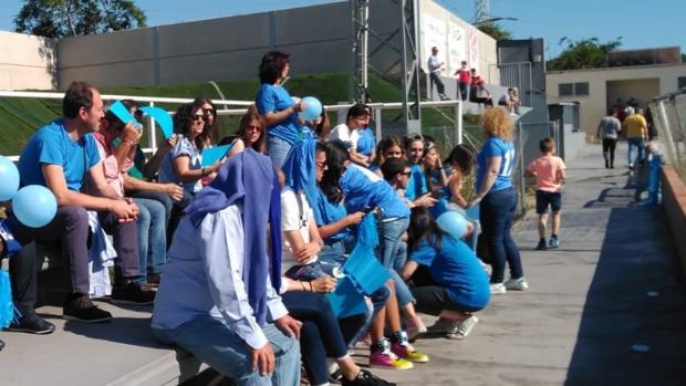Aficionados de Las Rozas, el pasado fin de semana en el campo del Atlético Saguntino