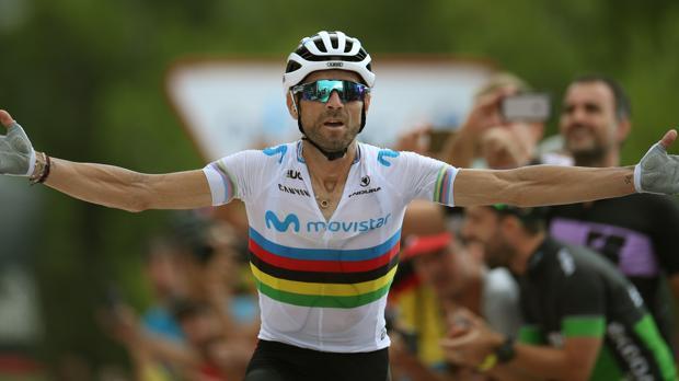 Valverde, a su paso por meta