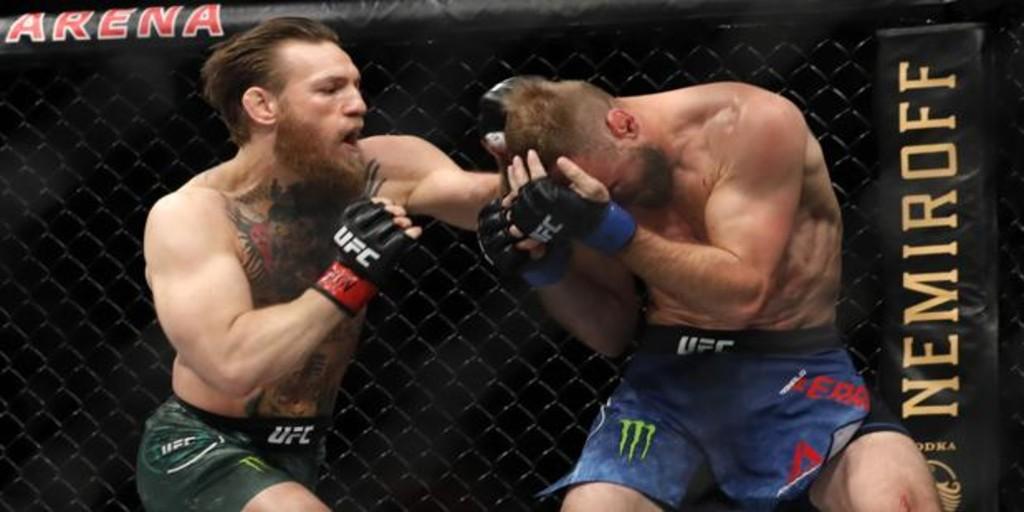 Así fue la tormenta de golpes de McGregor para un KO exprés