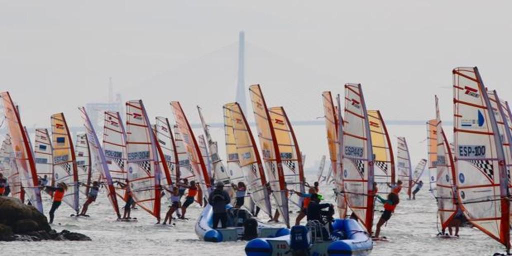 Estreno el próximo sábado de la I Liga de Windsurf Puerto Sherry