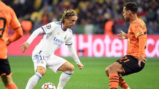 Ancelotti se pone de pie: «A Casemiro, Kroos y Modric solo hay que aplaudirlos»