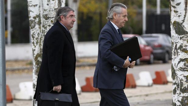 El expresidente de Caja Madrid Miguel Blesa a su llegada a la sede de la Audiencia Nacional de San Fernando de Henares
