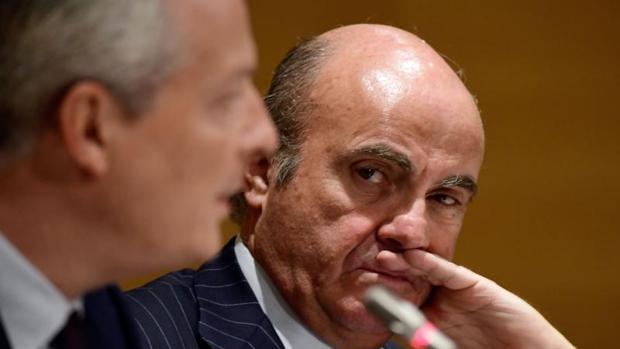 El Ministro de Economía, Luis de Guindos y su homólogo francés