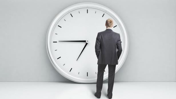 Lo determinante para calificar tiempo de trabajo es que el trabajador esté obligado a hallarse presente