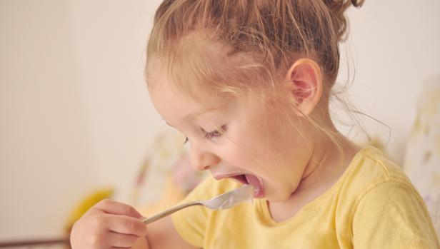 El yogur es un alimento de buena calidad y nutritivo por su equilibrado contenido en calcio, proteínas y fermentos vivos