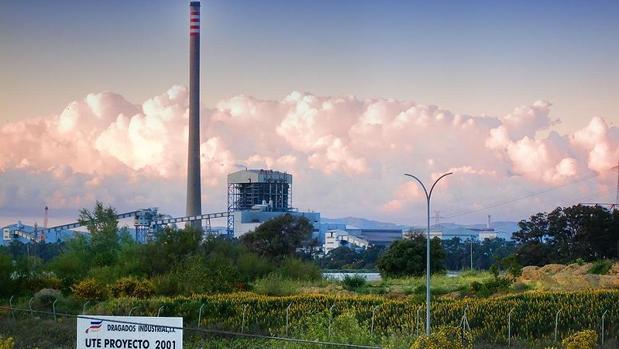 Central térmica de carbón de los Barrios, en Cádiz