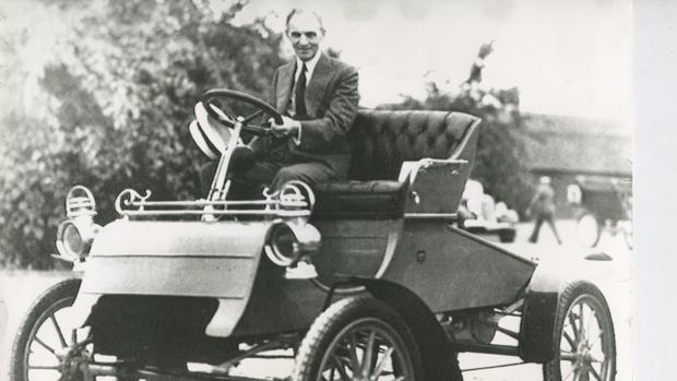 Henry Ford: el hombre que democratizó el coche