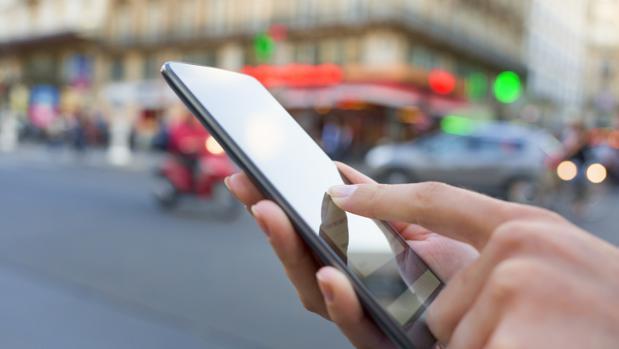 El límite máximo será de 19 céntimos más IVA por cada minuto de llamada a otro país miembro