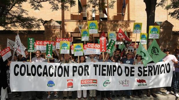 Manifestación de profesores interinos en Sevilla