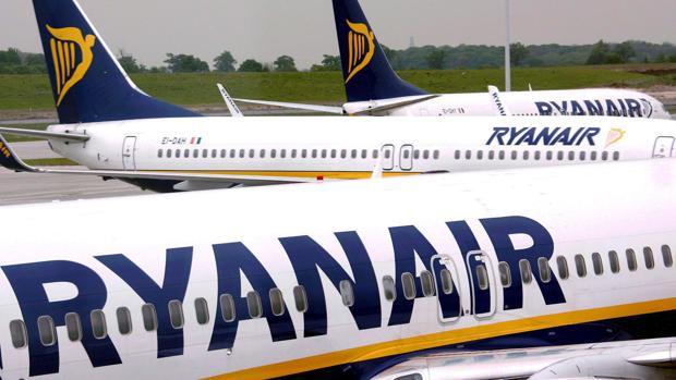 Ryanair cerrará sus bases en Gran Canaria, Tenerife y Gerona en enero de 2020