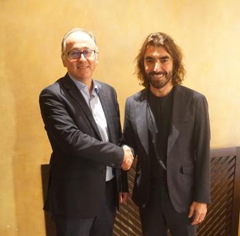 El presidente de Iberia, Luis Gallego, con el consejero delegado de Globalia, Javier Hidalgo