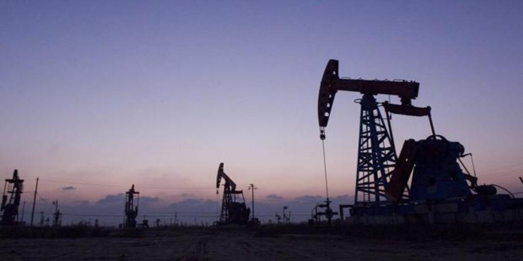 El bajo precio del petróleo agudiza en Rusia la crisis general y provoca un rifirrafe con Arabia Saudí