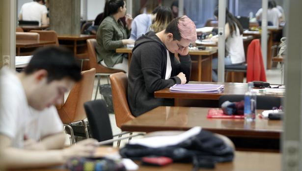 universidades-nuevos-grados-klOD--620x349@abc.jpg