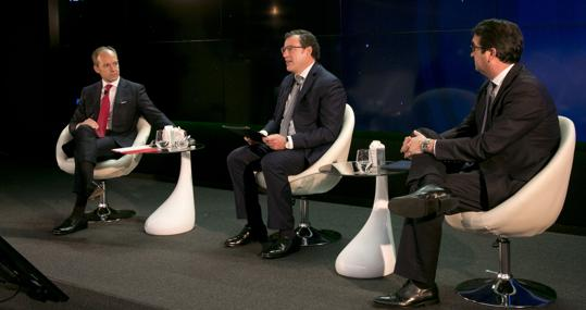 Rami Aboukhair, CEO of Santander Spain, on the left, and Peio Belausteguigoitia, director of Spain and Portugal of BBVA, on the right