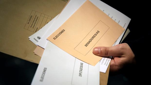 Imagen de archivo de la documentación del voto por correo