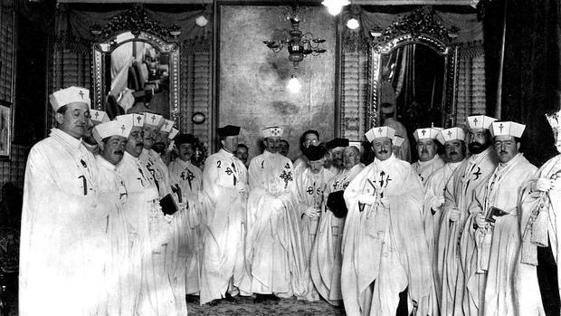 Alfonso XIII, en el capítulo de la Orden Militar de Santiago celebrado en 1922 en Madrid