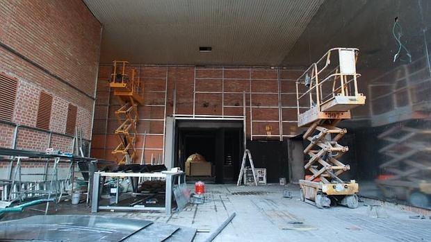 Las obras en el interior de la sala Macumba, situada en la estación de Chamartín