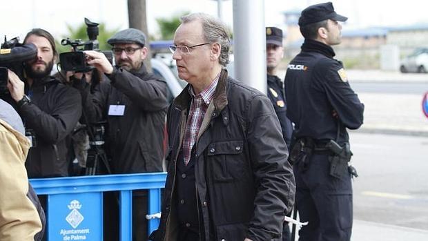 El excontable de Nóos Marco Antonio Tejeiro, a su llegada al juzgado