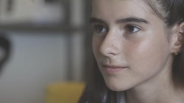 Imagen de la pequeña protagonista del vídeo