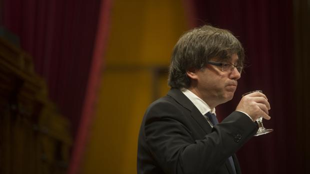 Puigdemontl, en una sesión en el Parlamento catalán