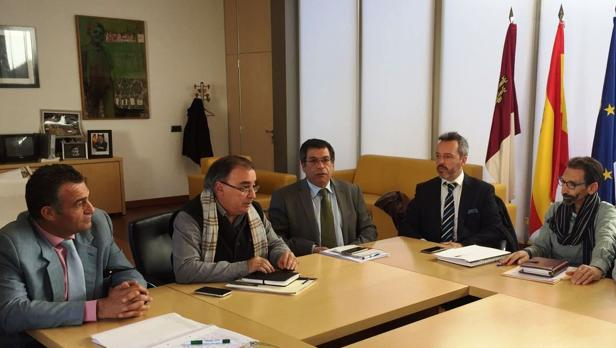 Los alcaldes de Alameda, Yuncler y Ugena con Mora y Nicolás