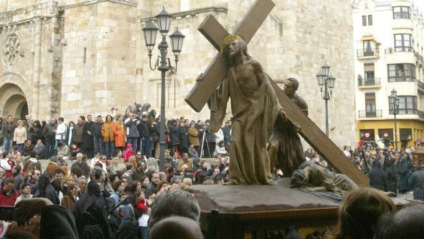 Procesión de la Cofradía de Jesús Nazareno en Zamora