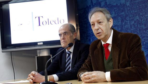 Jesús Carrobles, director de la Real Academia de Bellas Artes y Ciencias Históricas de Toledo, y José María González Cabezas, concejal de Cultura