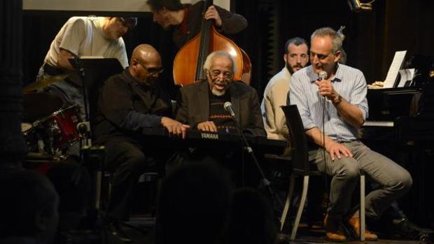 Barry Harris durante una de las clases magistrales que ha impartido esta semana en Bogui Jazz