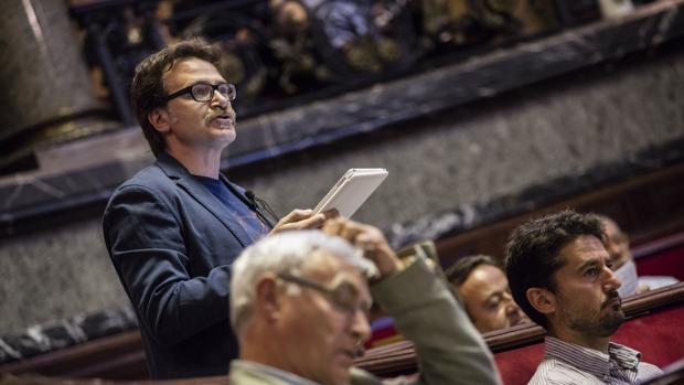 Imagen de archivo de Grezzi durante una intervención en un pleno del Ayuntamiento de Valencia