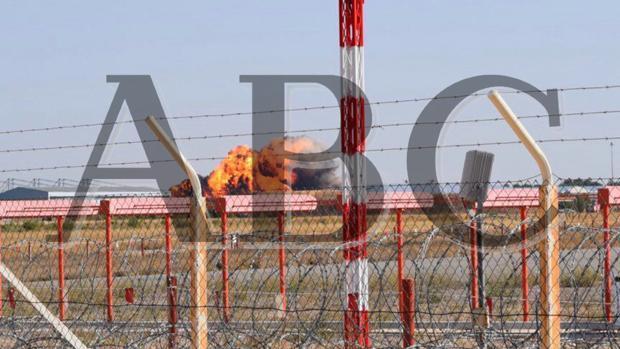 Imagen del momento en el que el Eurofighter del capitán Borja Aybar, de 34 años, se estrella