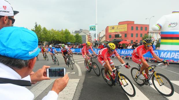 Una de las pruebas del Mundial de Ciclismo de Ponferrada, celebrado en 2014