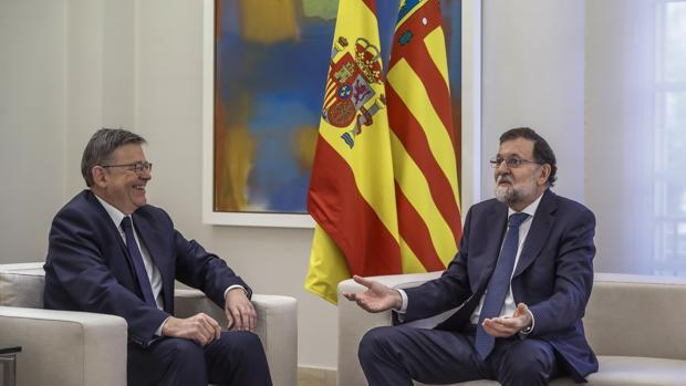 Imagen de la reunión mantenida el pasado mes de septiembre por Puig y Rajoy en La Moncloa