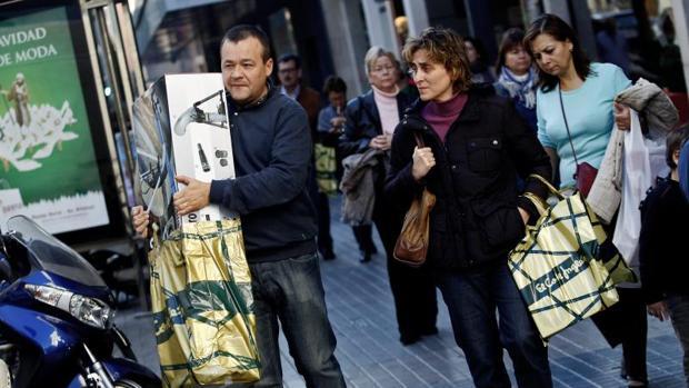 Imagen de anteriores campañas de compras de Navidad en Valencia