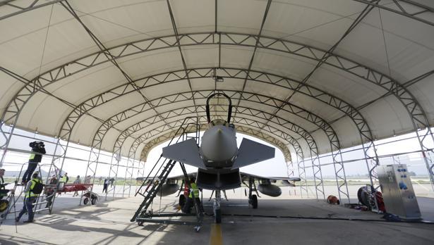 Un Eurofighter, en la base aérea de Morón