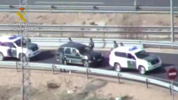La Guardia Civil interceptó el vehículo de los furtivos cuando se incorporaba a la autovía A-42