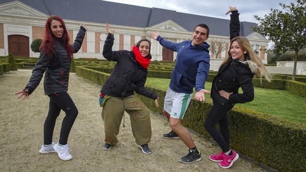 Nerea, Patricia, Manuel y Beatriz, el día de la prueba a las puertas del parque